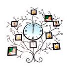Интерьерные часы с фоторамками