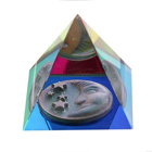 интерьерные сувенирные кристаллы и пирамиды из стекла