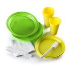 одноразовая посуда из пластмассы