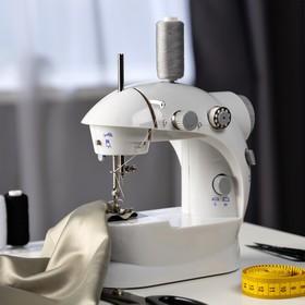 Швейная машинка LuazON LSH-02, 5 Вт, компактная, 4xАА или 220 В, белая