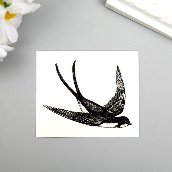 """Татуировка на тело """"Летящая ласточка"""""""