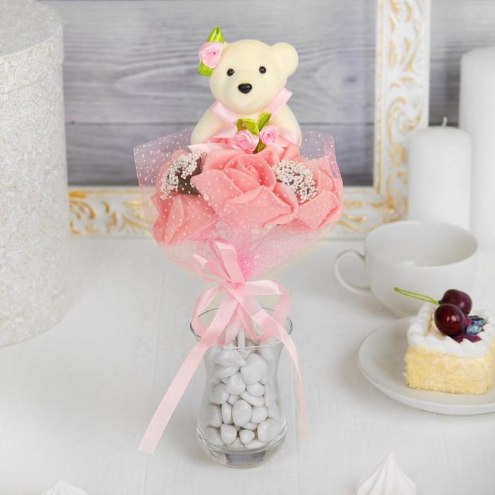 Букет с мишкой «Я люблю тебя», 3 цветка, цвет коралловый