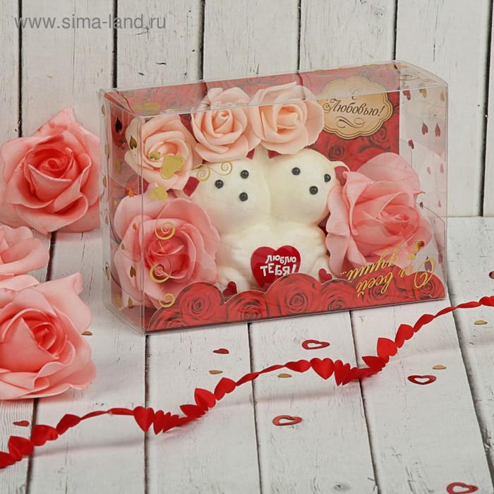 """Мишки с цветами в коробке """"С любовью"""" 5 коралловых роз"""