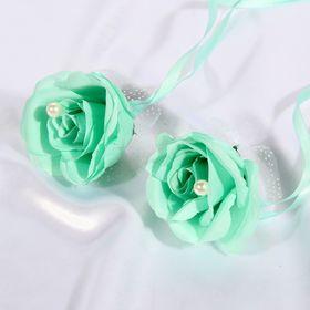Набор бирюзовых роз для украшения свадебного авто