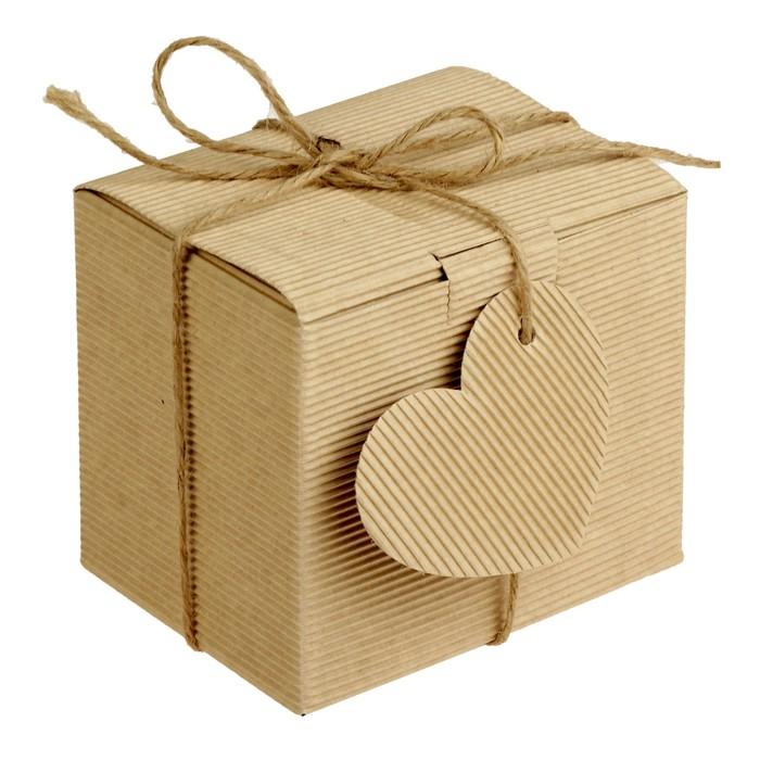 Коробка крафт из рифленого картона 11 х 8,5 х 10 см, с декором
