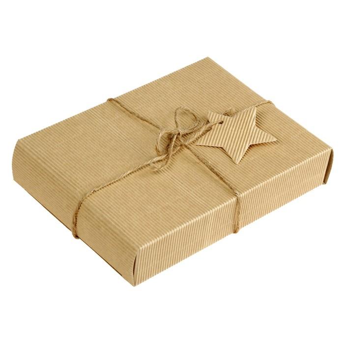 Коробка крафт из рифленого картона 20 х 14,5 х 4см, с декором