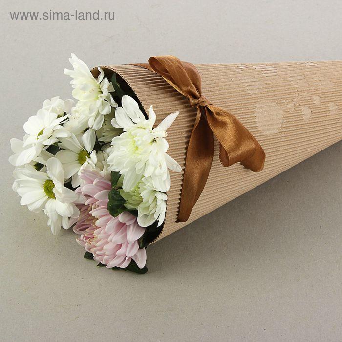"""Конус для цветов """"С праздником!"""" с тиснением, шоколадный, 16 х 26 см"""