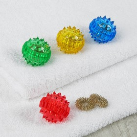 Массажер «Массажный шарик» для интенсивного воздействия в комплекте с двумя кольцевыми пружинами, цвета МИКС Ош