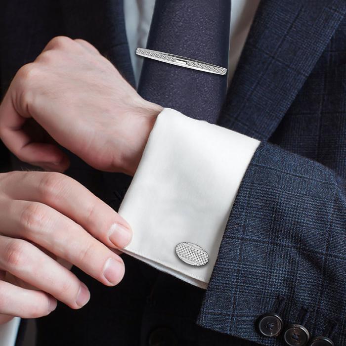 """Набор мужской """"Запонки + зажим для галстука"""", овал с резьбой, цвет чёрный в серебре"""