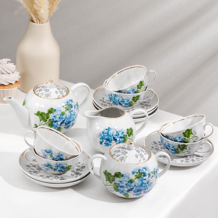 """Сервиз чайный """"Тюльпан. Голубая герань"""", 15 предметов: чайник 750 мл, сахарница 600 мл, сливочник 300 мл, 6 чашек 220 мл, 6 блюдец 15 см"""