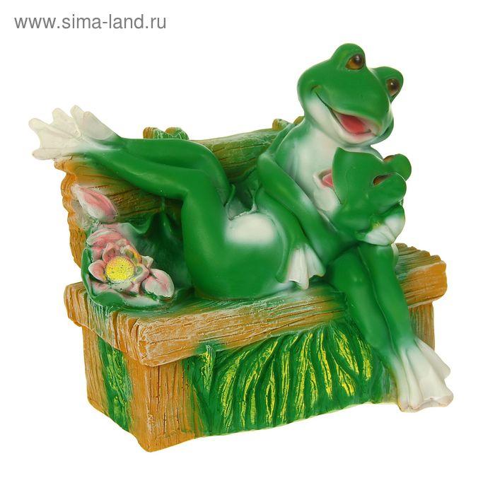 """Садовая фигура """"Пара влюбленных лягушек на лавке"""""""