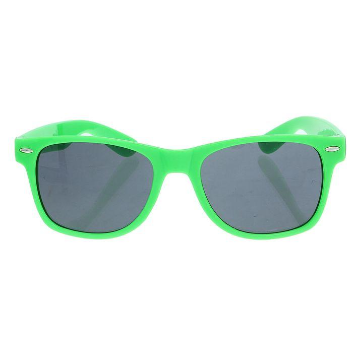 """Очки солнцезащитные детские """"Wayfarer"""", оправа зелёная, овалы, линзы чёрные, 14 × 4.5 × 3 см"""