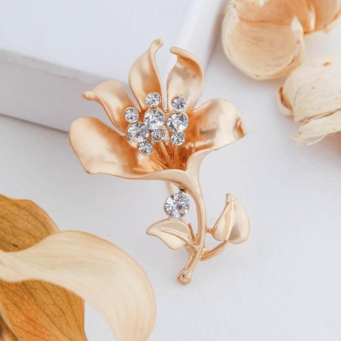"""Брошь """"Цветок раскрытый"""", цвет белый в матовом золоте - фото 304248933"""