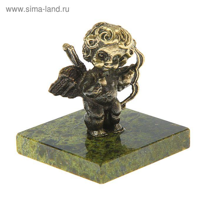 Ангел с луком из бронзы на подставке из змеевика