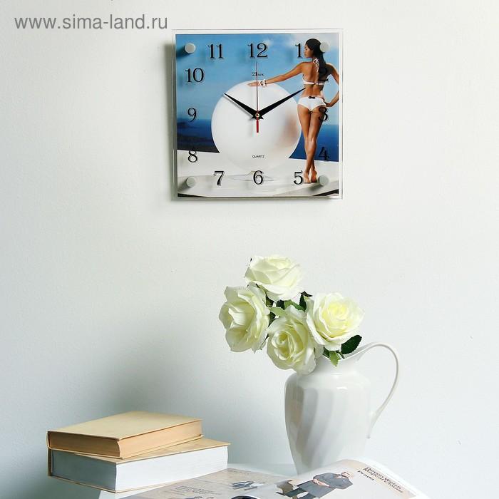"Часы настенные квадратные ""Девушка"", 25х25 см"