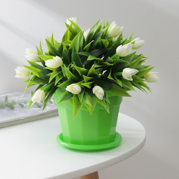 """The pot of flowers with pallet 0,7 l """"Eric"""", color green"""