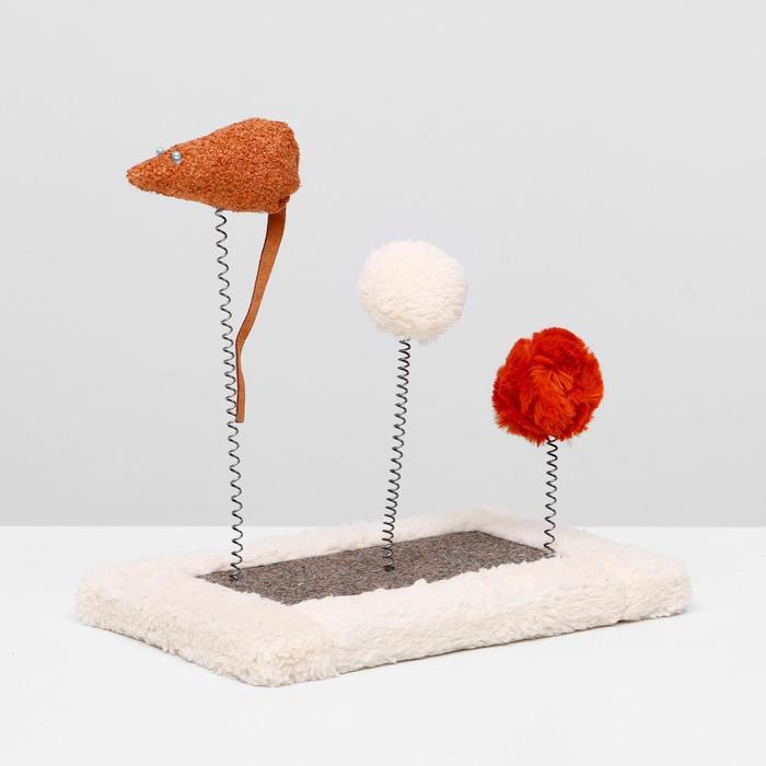 Игрушка для кошек с 3 дразнилками и когтеточкой, 27 х 15,5 х 25 см  микс цветов