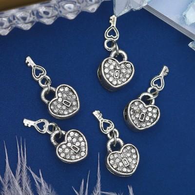 """Талисман """"Сердце"""" с ключиком, цвет белый в серебре"""