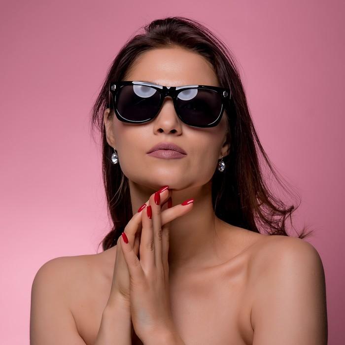 Очки солнцезащитные Wayfarer, оправа чёрная с ромбами, линзы микс