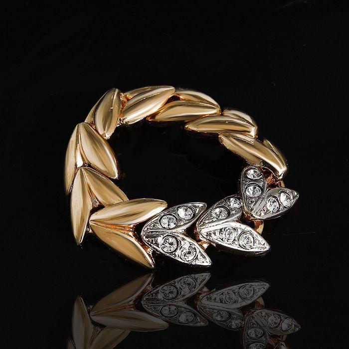 """Кольцо """"Вьюнок"""", размер 17, цвет белый в золоте"""