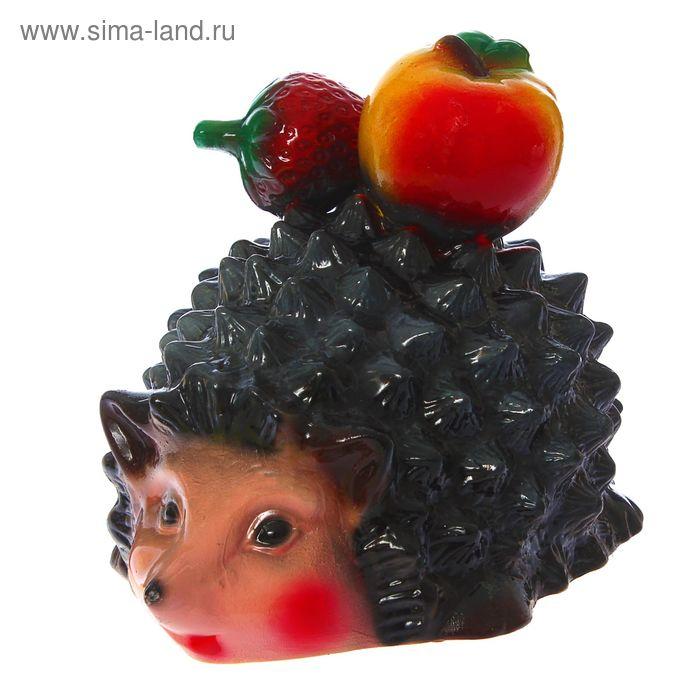 """Садовая фигура """"Ёжик с клубникой и яблоком"""""""