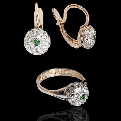 """Гарнитур 2 предмета: серьги, кольцо """"Ежевика"""", размер 16, цвет бело-зеленый в золоте"""