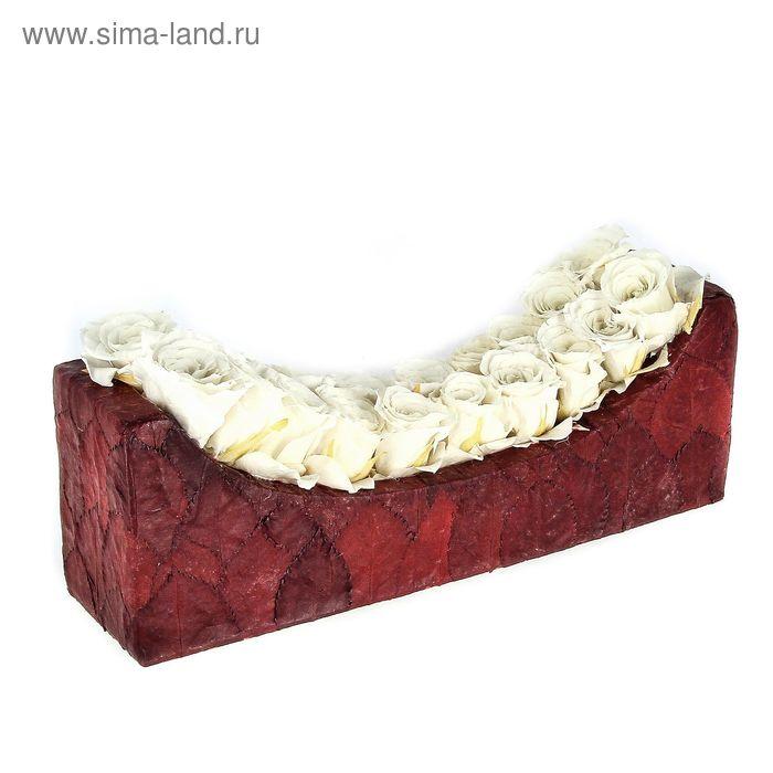 """Декоративная композиция """"Шезлонг"""" из листьев и бутонов роз, 30 х 8,5 х 11 см, белый"""