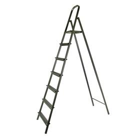 Стремянка металлическая СМ7, высота до рабочей площадки 1670 мм, 7 ступеней