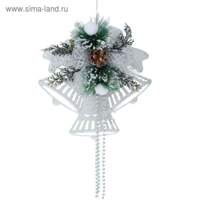 """Украшение новогоднее """"Колокольчики белые резные с серебряной посыпкой"""" 27,5*29,5 см"""