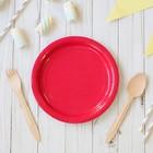 Тарелка бумажная однотонная, красный цвет, 18 см