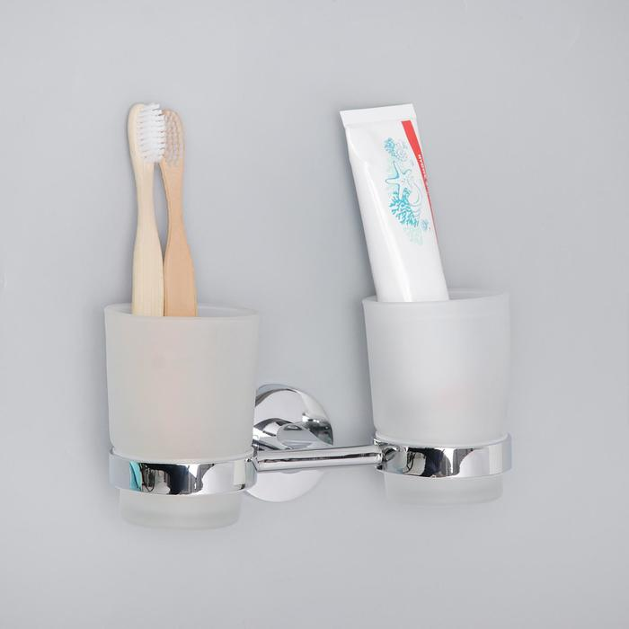 """Держатель для зубных щёток, настенный """"Accoona А11304"""", 2 стакана, стекло, цвет хром"""