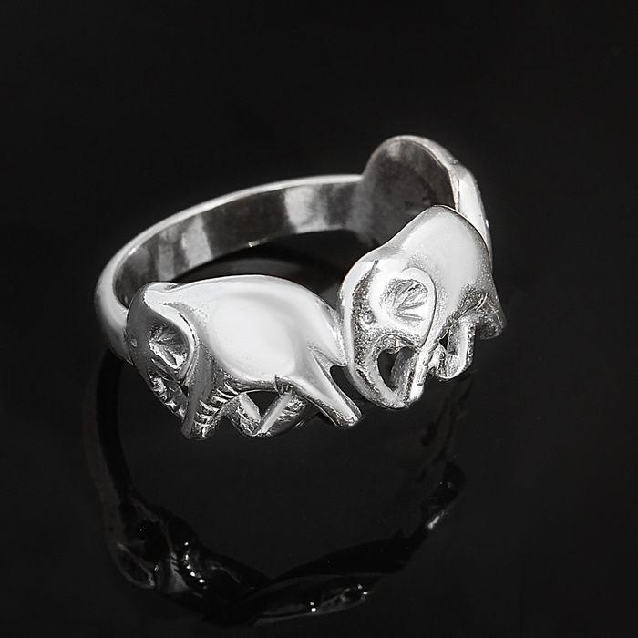 """Кольцо """"Три слона"""", размер 18, цвет чернёное серебро"""