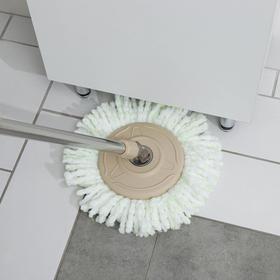 Набор для уборки: ведро на ножках с металлической центрифугой 20 л, швабра, запасная насадка из микрофибры цвет МИКС - фото 7409451