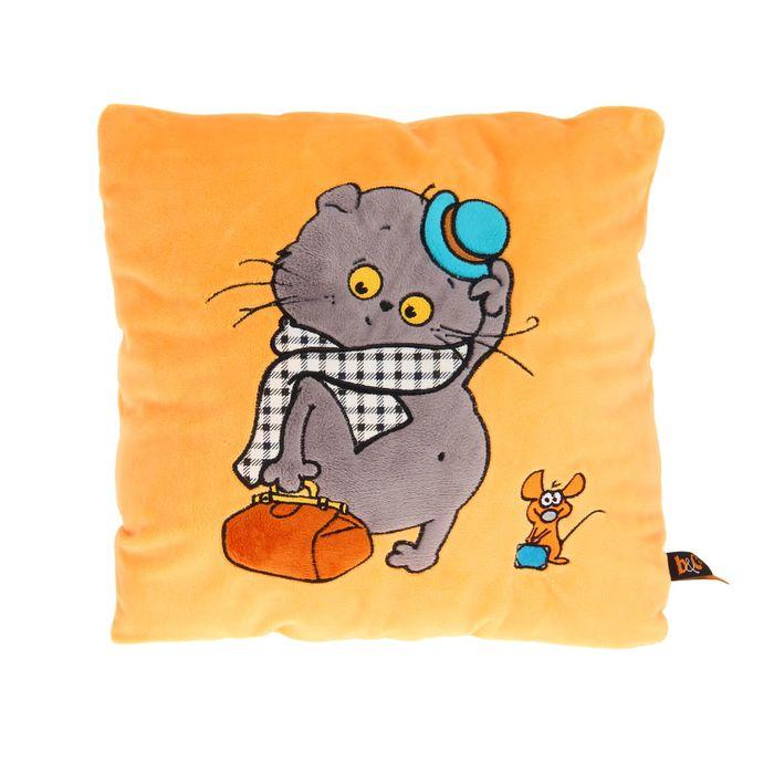 Подушка «Басик-путешественник»