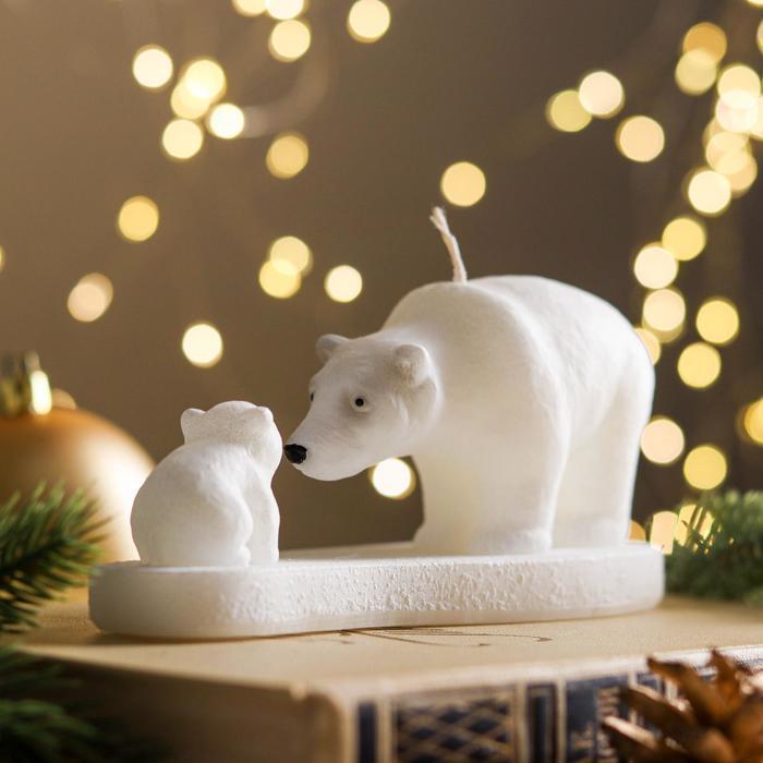 Свеча Белые медведи 16182