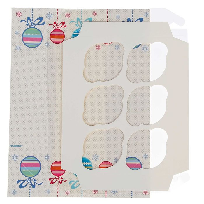 "Коробочка для кексов ""Елочные шары"", 16 х 23 х 7,5 см"