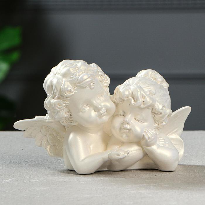 """Статуэтка """"Ангелы пара с алмазом"""" перламутровая, 11 см - фото 1521152"""