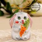 Сувенир-подвеска «Заяц с морковкой», ярославская майолика