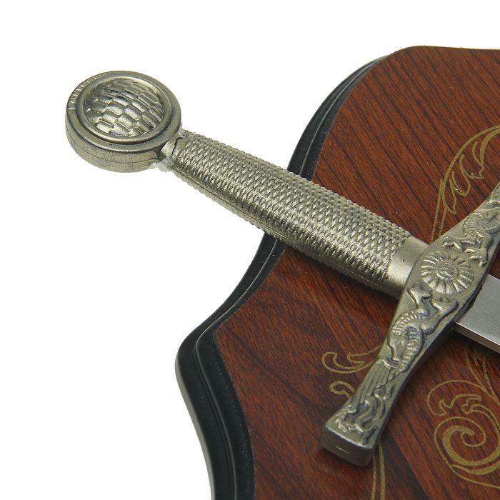 Сувенирное оружие «Геральдика на планшете» с изображением медузы Горгоны, два меча