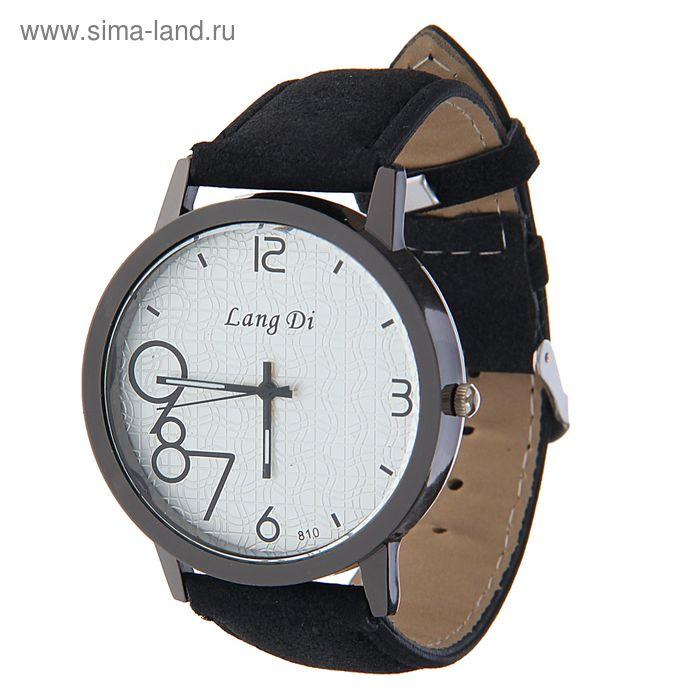 Часы наручные Lang Di,  цифры выделены 789  ремешок иск замша черный