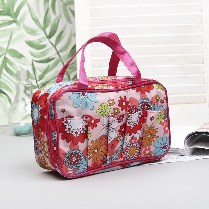 """Косметичка-сумочка на молнии """"Цветы"""", 1 отдел, 5 наружных карманов, цвет розовый"""