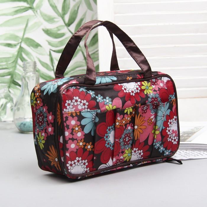 """Косметичка-сумочка на молнии """"Цветы"""", 1 отдел, 5 наружных карманов, цвет коричневый"""