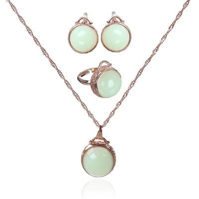"""Гарнитур 3 предмета: серьги, кулон, кольцо безразмерное """"Эдель"""" круг, цвет светло-зелёный в золоте"""