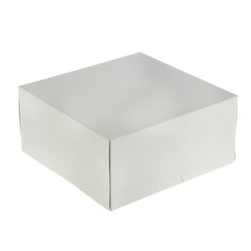 Confectionery packaging, box, white, 25.5 x 25.5 x 12 cm
