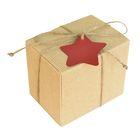 Коробка крафт из рифленного картона 11 х 8,5 х 10 см, звезда