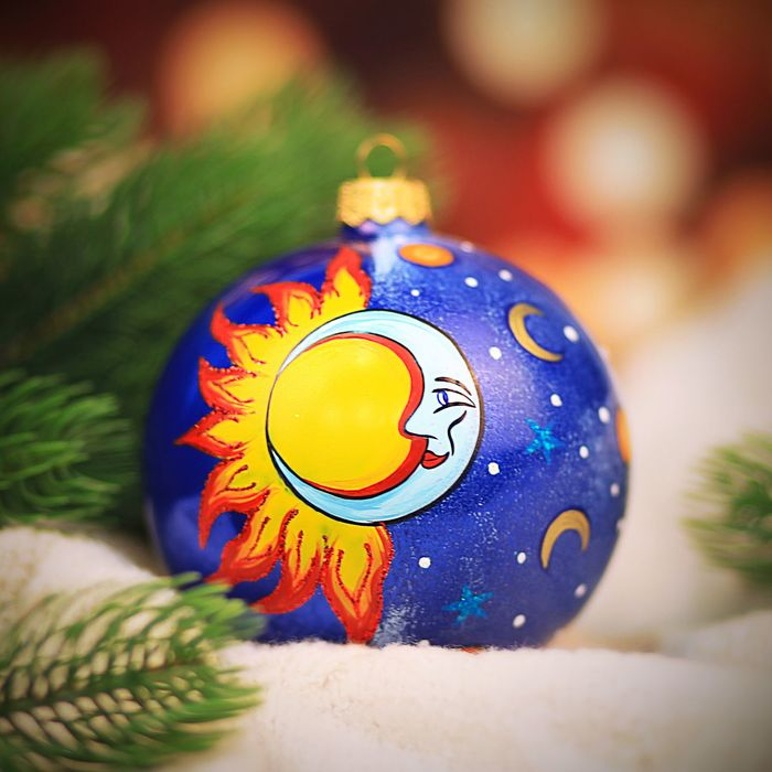 "Ёлочная игрушка ""Солнце и луна"""