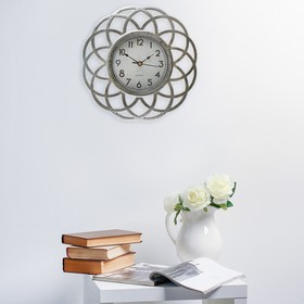 Часы настенные, серия Жанна, рама «треугольники», ретро циферблат, бронзовые, d=25 см Ош