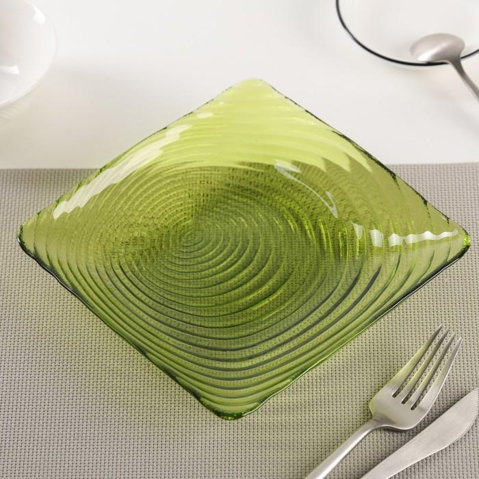 """Тарелка 17,5 см """"Корона"""", цвет зеленый"""