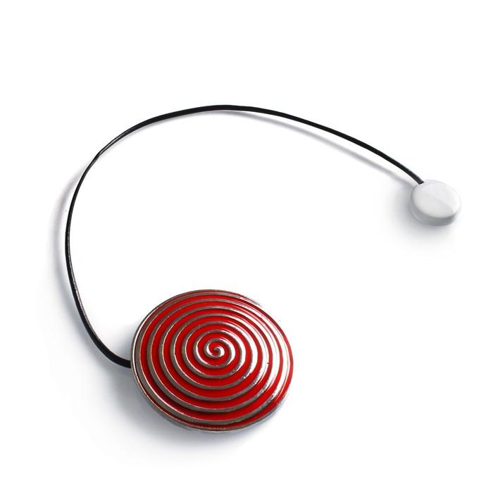 Подхват для штор «Спираль», d = 6 см, цвет серебристый/красный