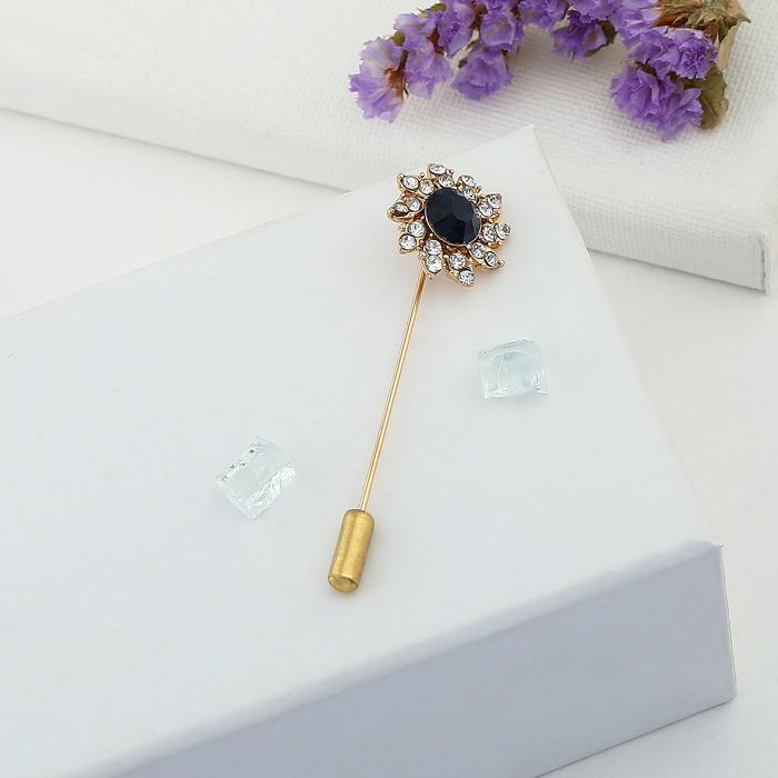 """Булавка """"Цветок"""" королевский, 5,6 см, цвет сине-белый в золоте - фото 301710904"""